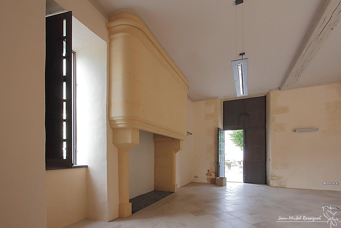 l 39 h tel de nanchapt la tour blanche dordogne 03 salle ouest murs ouest. Black Bedroom Furniture Sets. Home Design Ideas